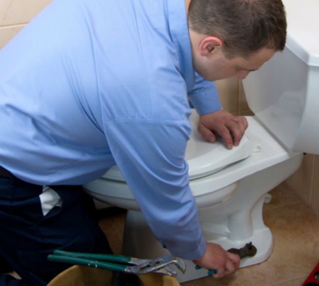 Home Maintenance Tip: Warning Signs Your Toilet Needs Repair