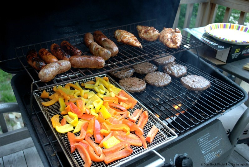 Home Maintenance Tip: Clean Your Gas BBQ Grill